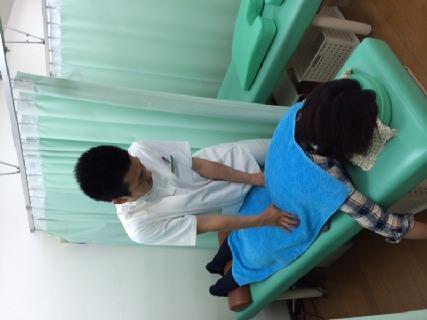 構造医学・矯正・運動療法・鍼を用い治療を行います。治療院の他にも興味があれば介護分野・リラクゼーション分野も経験可能。