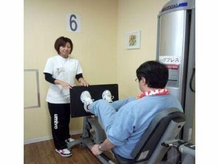 【残業ほぼなし】週休2日!未経験から始められる機能訓練型デイサービスの求人です!(神奈川県 県央地域)