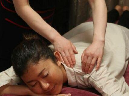 《未経験者、主婦の方も活躍しています!》本格的な中国式整体が未経験からでも学べます♪