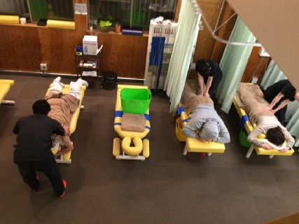社会保険完備の新しい整骨院!最新の設備と確かな技術で、患者様から絶大な信頼を得ています!