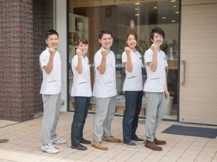 大阪と東京に38店舗展開中♪急成長率の企業だから実現できる、3年で10年分の成長ができる環境を整えています!