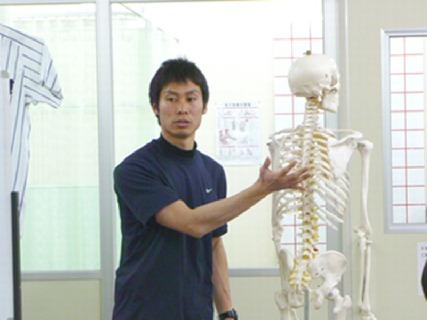 地元密着!元プロ野球のコンディショニングコーチである立花龍司がプロデュースした整骨院の求人です!