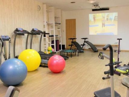 ★治療だけでなく運動療法での機能回復並びにケガの防止・ダイエット等を指導をする『スポーツ接骨院』★