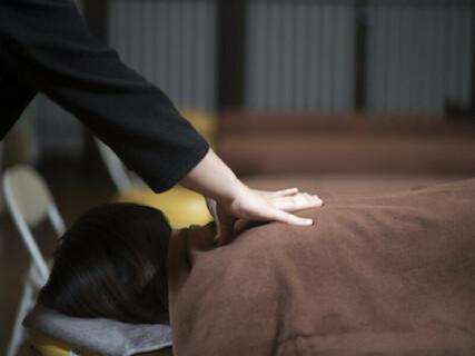 \経験不問、未経験者の方も大歓迎◎/ボディケア〜骨盤矯正まで温泉+αの更なるリラックスタイムを提供しています。
