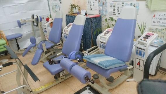 【月給25万以上☆土日連休可☆】マッサージ主体の電気治療・鍼灸治療で治療家として更なる飛躍を目指しませんか?
