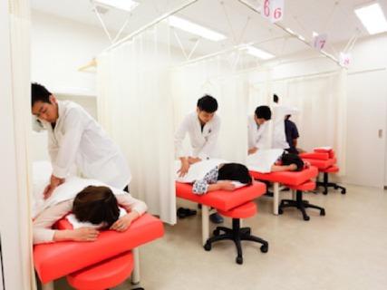 【高給与★管理柔整師募集!】多様化した患者様のニーズに応えられる治療家へ成長しませんか?【社保完備】