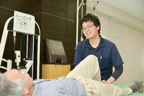 【2020年4月から3名増員!】リハビリ中心のデイサービスで活躍できる整体師を大募集中♪《医療法人求人》